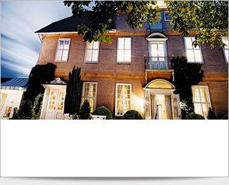 Bo på byens imponerende barokpalads i Celle og spis på anerkendte Taverna & Trattoria Palio