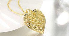 Kæde med hjertevedhæng fra Beautidesign, værdi kr. 348,-