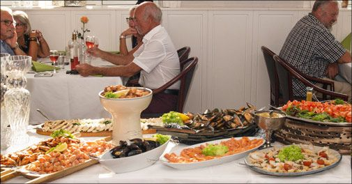 Skønt miniophold m. lækker fiskebuffet - Bagenkop Kro