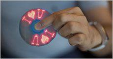 I LOVE YOU fidget spinner fra 4mobil, vælg ml. 5 farver, værdi kr. 249,-