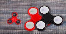 Fidget spinner fra EC-trade, vælg ml. standard el. LED - fås i flere farver, normalpris op til kr. 138,-