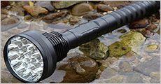 Flashlight 30000 lumen fra Bærbar, vælg ml. 1-3 stk., værdi op til kr. 2997,-