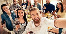 Skønne vinkasser med 12 flasker, vælg mellem kasse med Cava og Rosé eller kasse med rødvin, værdi op til kr. 1368,-