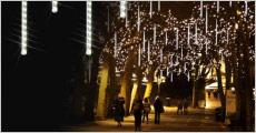 1 stk. udendørs meteorregn lyskæde forhandlet fra Shoppio, værdi kr. 299,-