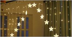 3 meter LED-lyskæde inkl. stjerner forhandlet af Shoppio. Et MUST HAVE som indendørs hyggebelysning, værdi kr. 319,-