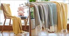 Køb 1 stk. skøn og dejlig tæppe til sofaen forhandlet fra Shoppio. Vælg mellem 3 flotte farver, værdi kr. 549,-