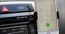 Køb 1 stk. mobilholder til bilen forhandlet fra Smileyphone, værdi kr. 199,-